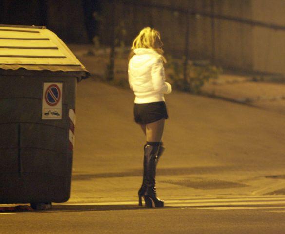 beber prostituta callejera sexo cerca de Alicante
